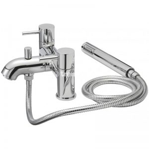 Tre Mercati Milan Pillar bath shower mixer complete with kit